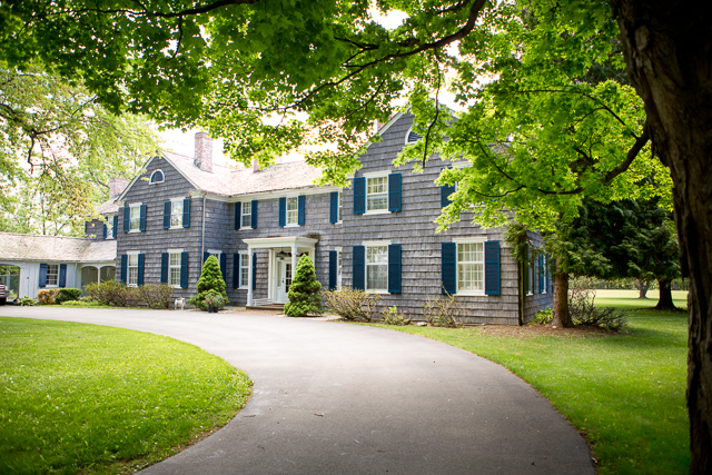 Majestic Colonial Home!!!!!