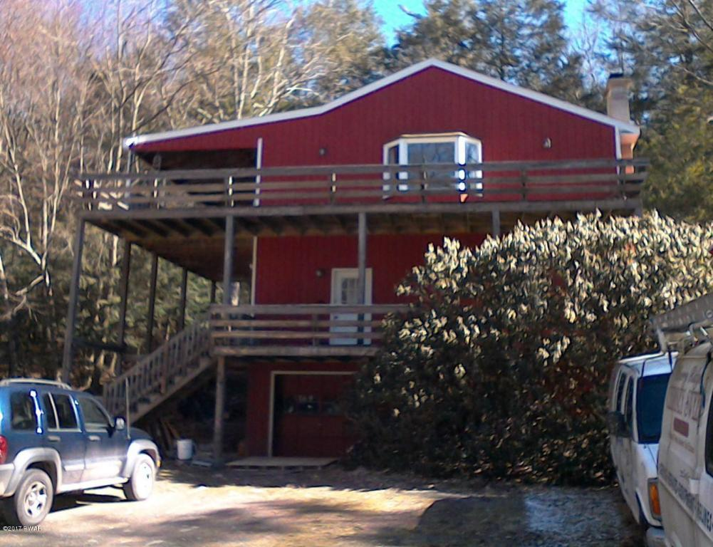 249 Gumbletown Road - Paupack PA Office Space and Apartment