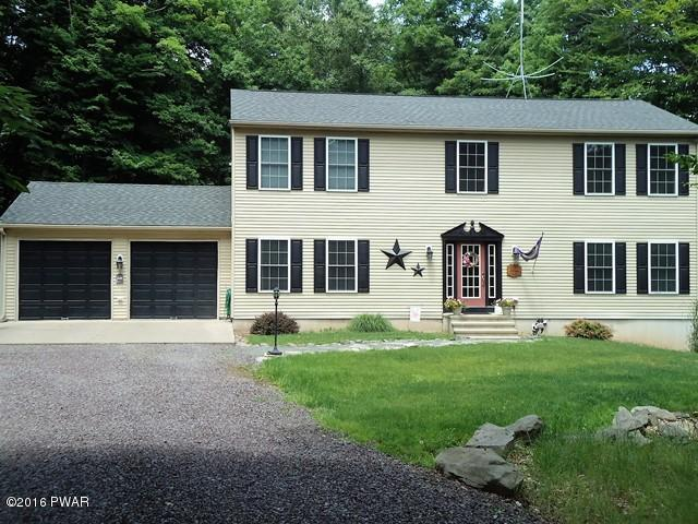 2834 Rockway Court- Oversized Hideout Community Colonial