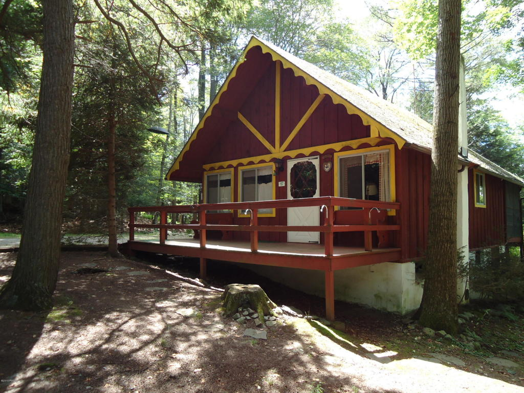 107 bear rock road cozy bungalow in indian rocks for Indian bear lodge cabins