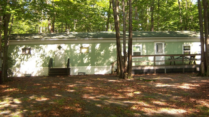 19 Peace Pipe Way - Pocono Get-Away Mobile with Land