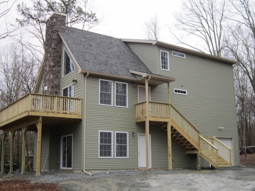 "NEW LISTING!! ""TO BE BUILT"" Mountain Chalet Features 4 Bedrooms and 2 Bathrooms! A Perfect Mountain Getaway with Hardwood & Ceramic Floors, Loft, 1 Car Garage, and a Full Walkout Basement with 9' Ceilings! Enjoy Granite Counter Tops and a Cultured Stone F"