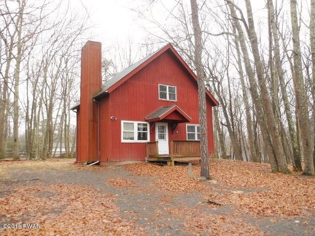 NEW LISTING !! Perfect Week End Getaway !!! Just 1.5 Hours from New York located in The Amenity Rich Community of Hemlock Farms!!The Home Boast 3 Bedrooms, 2 Baths, New Flooring, and Tongue & Groove Ceilings !! PLUS ALL THE AMENITIES HEMLOCK FARMS HAS TO