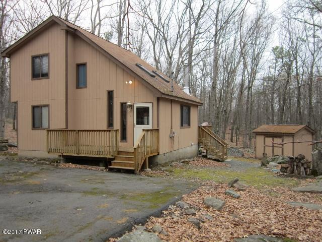 New Listing !! Masthope Mountain Salt Box Style Home Featuring 3 Bedrooms & 2 Bedrooms with Cathedral Ceilings, Wood Burning Stove , Whirlpool and much more. All this plus The Many Amenities Masthope Mountain has to offer, Lodge, Skiing, Pools, Tennis Cou
