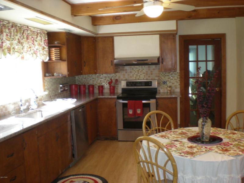 """Endless Possibilities With This 32 Acre Farm House Estate For Sale! Large Barn & Your Own """"Lodge"""""""