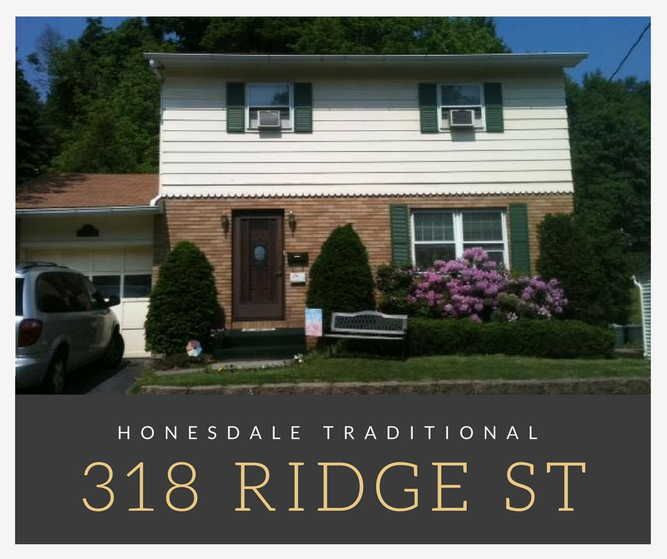 318 Ridge Street: Honesdale Traditional with Garage