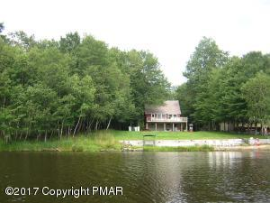 $289,000 ON THE LAKE....IN ARROWHEAD LAKES; CHECK OUT THE PICS