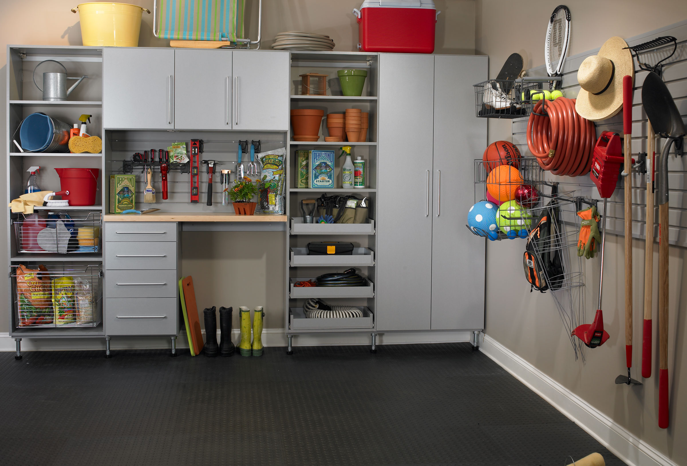 Sellers- Organize Your Cluttered Garage in 5 Simple Steps