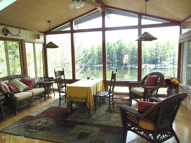 Deerfield Lake The Hideout Contemporary House
