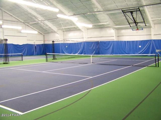 Hideout Indoor Tennis