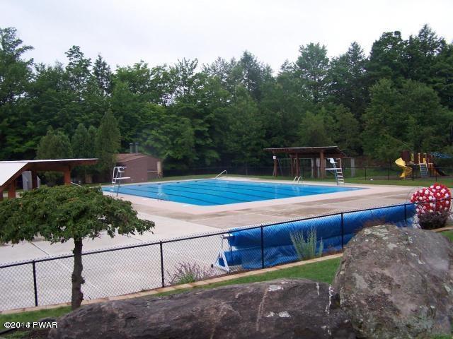 Hideout North Rec Pool