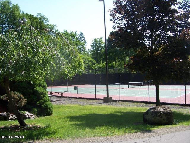 Hideout Tennis