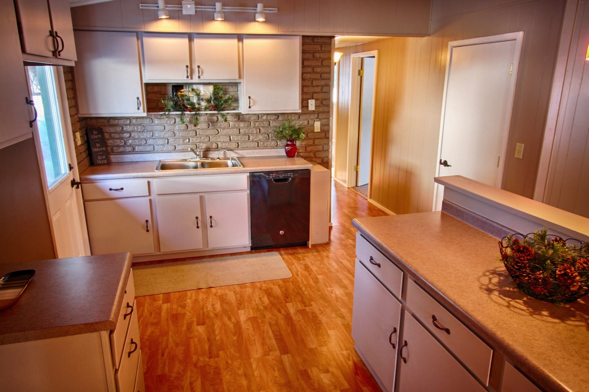 Three Bedroom Home with Large Garage for Sale - $109,900!