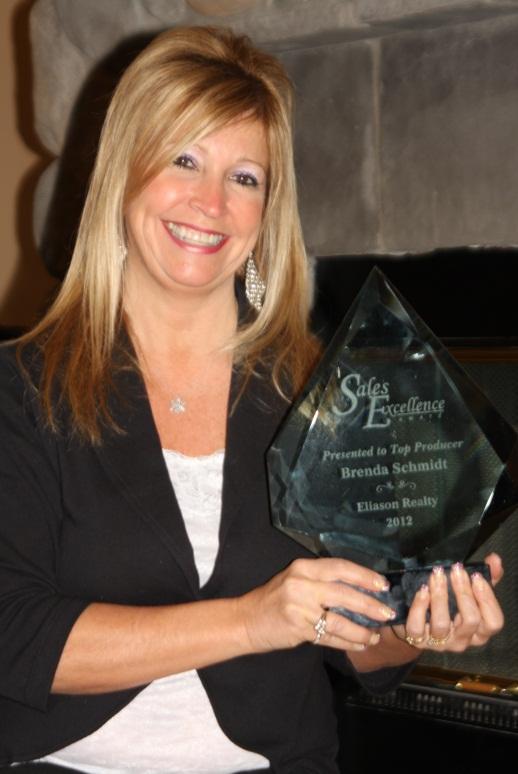 Eagle River Top Producer Award 2012 - Brenda Schmidt