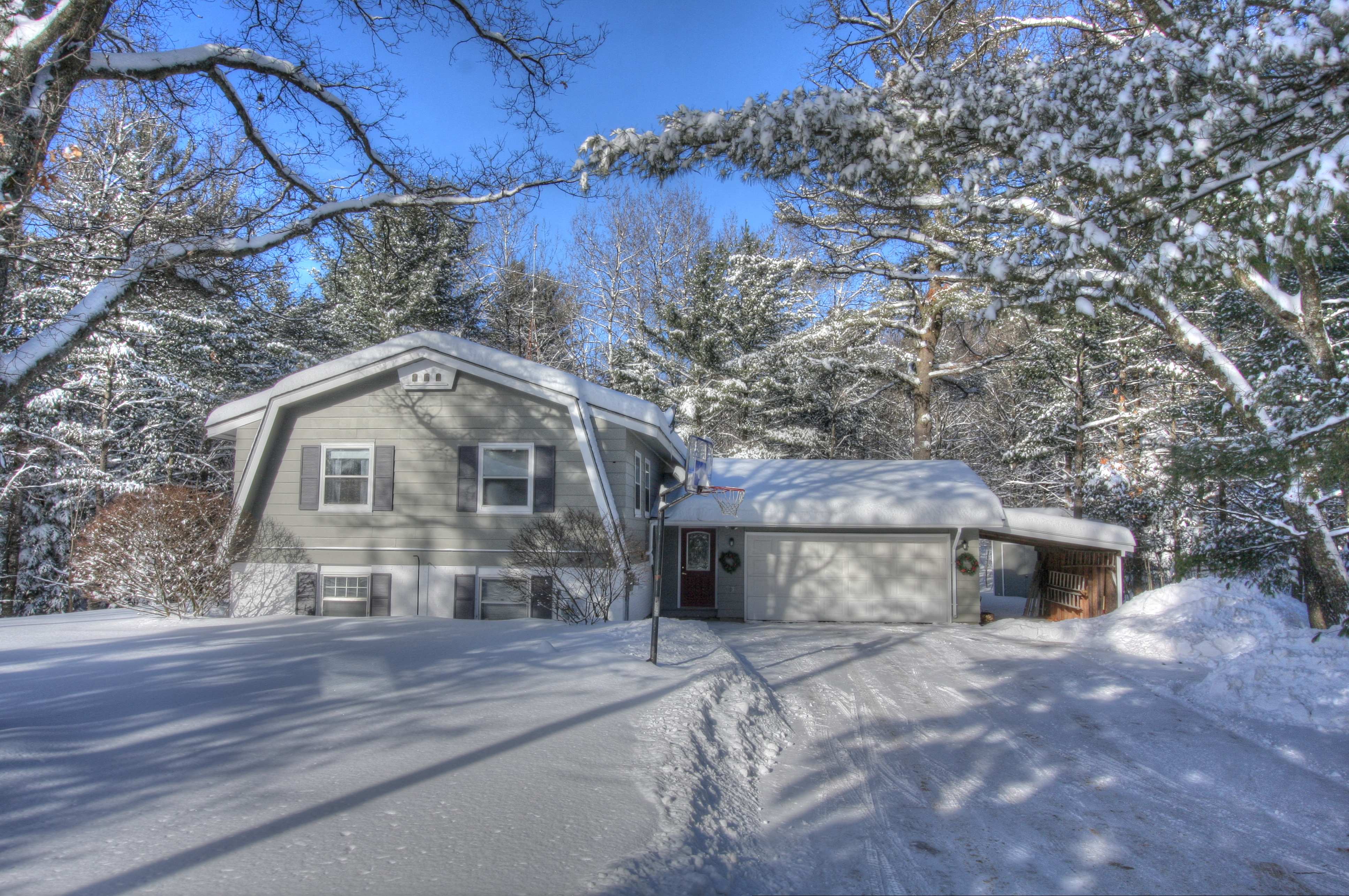 Just Sold | Three Eagle River Homes Recently Closed!