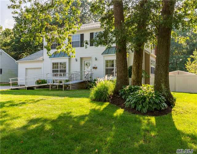 Just Listed - Beautiful Home with Country Club Feeling Backyard!