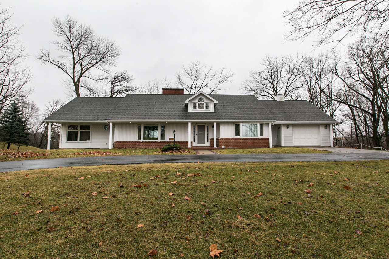 OPEN HOUSE | SUNDAY DECEMBER 10TH 12:30pm-1:30pm || 1444 Rockdale Road, Dubuque IA