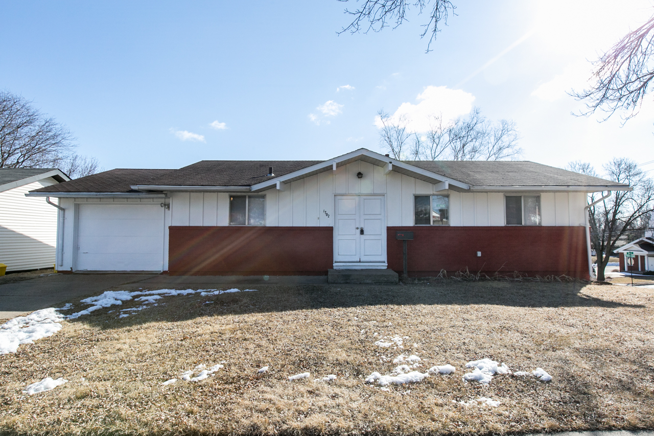 NEW LISTING ||Offered by Jason Conrad |1702 Richie Dr., Dubuque IA