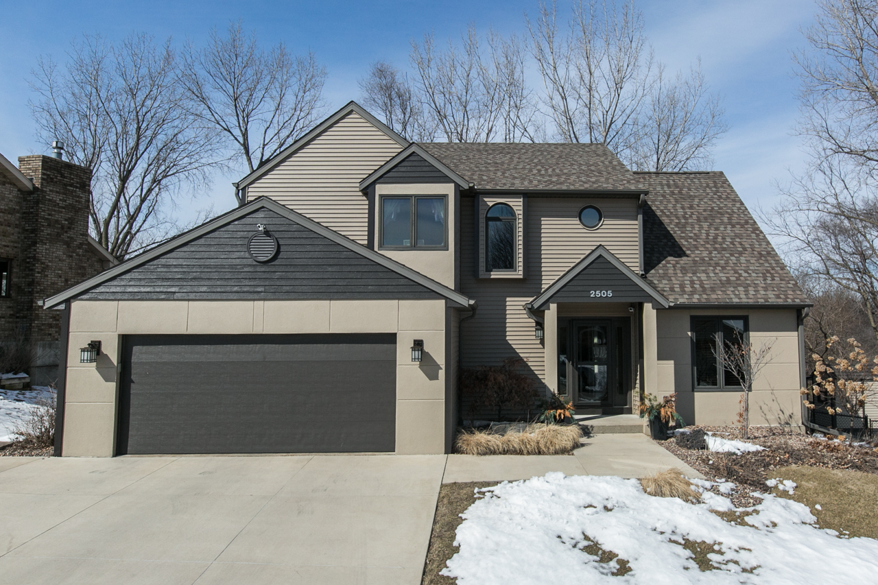 NEW LISTING | Offered by Stacey Thier | 2505 Clarke Crest Drive