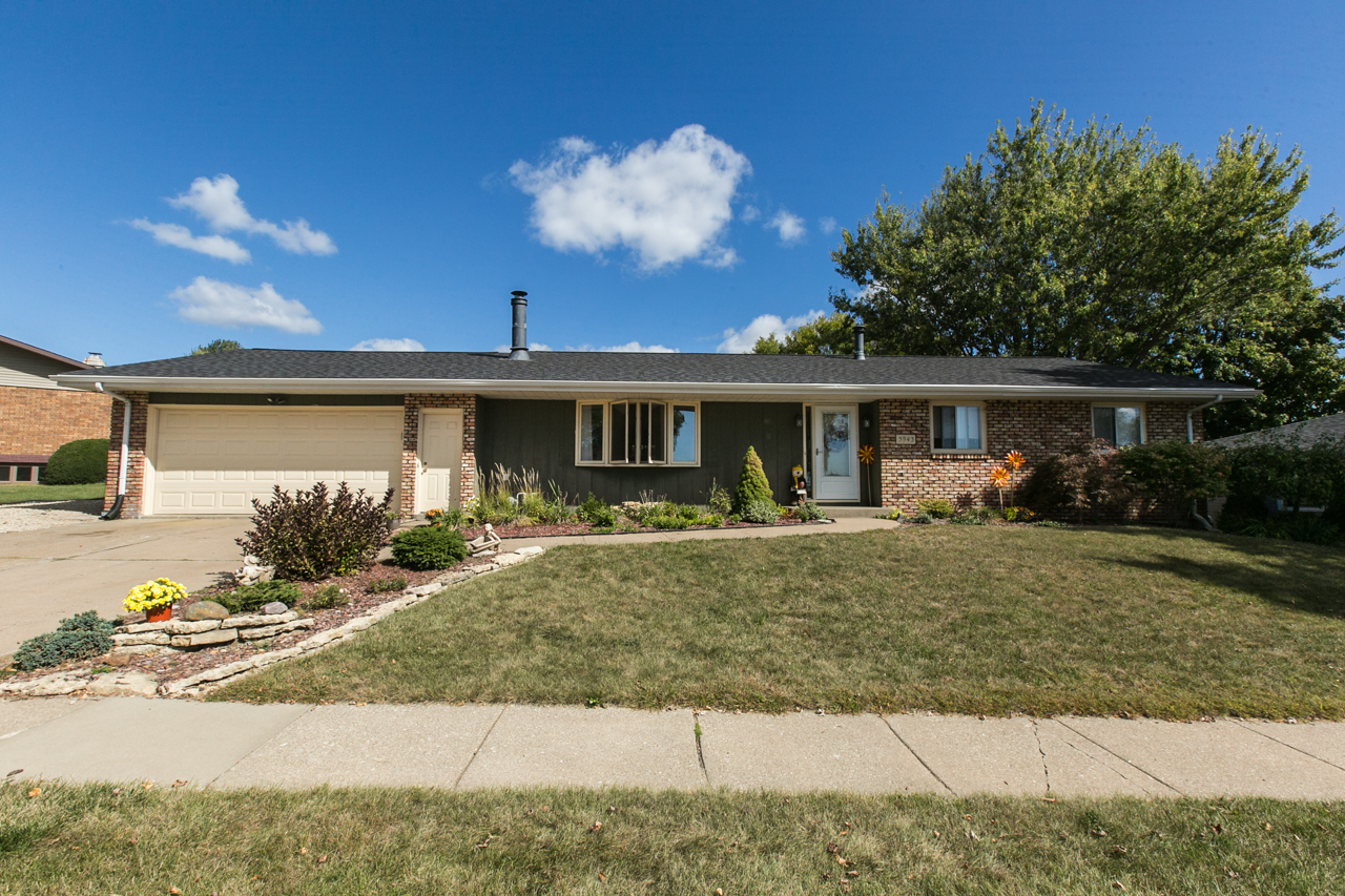 OPEN HOUSE | SUNDAY, NOVEMBER 12th ~ 12:30 PM-1:30 PM || 3943 Short St.