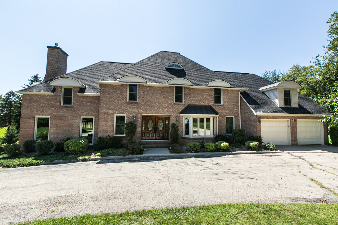 Dubuque home for sale open house sunday august 28th 11am for Iowa home builders