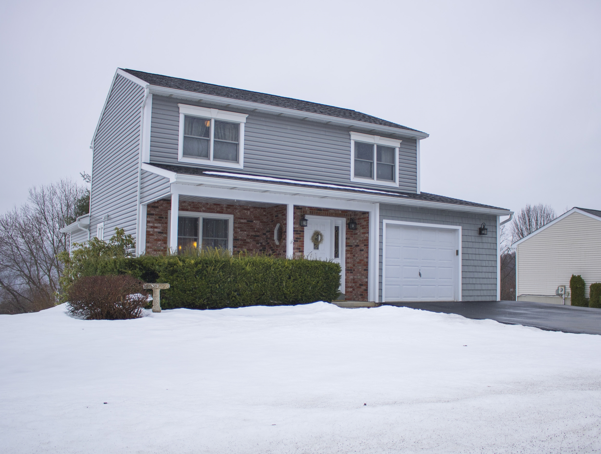 Check out this video tour of 40 Clearview Place!