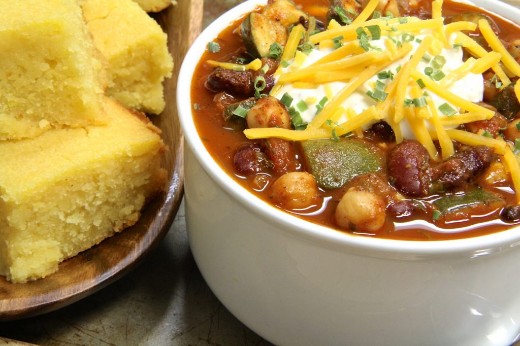 Chilli and cornbread and friends over for game day? Sounds like a fun time.