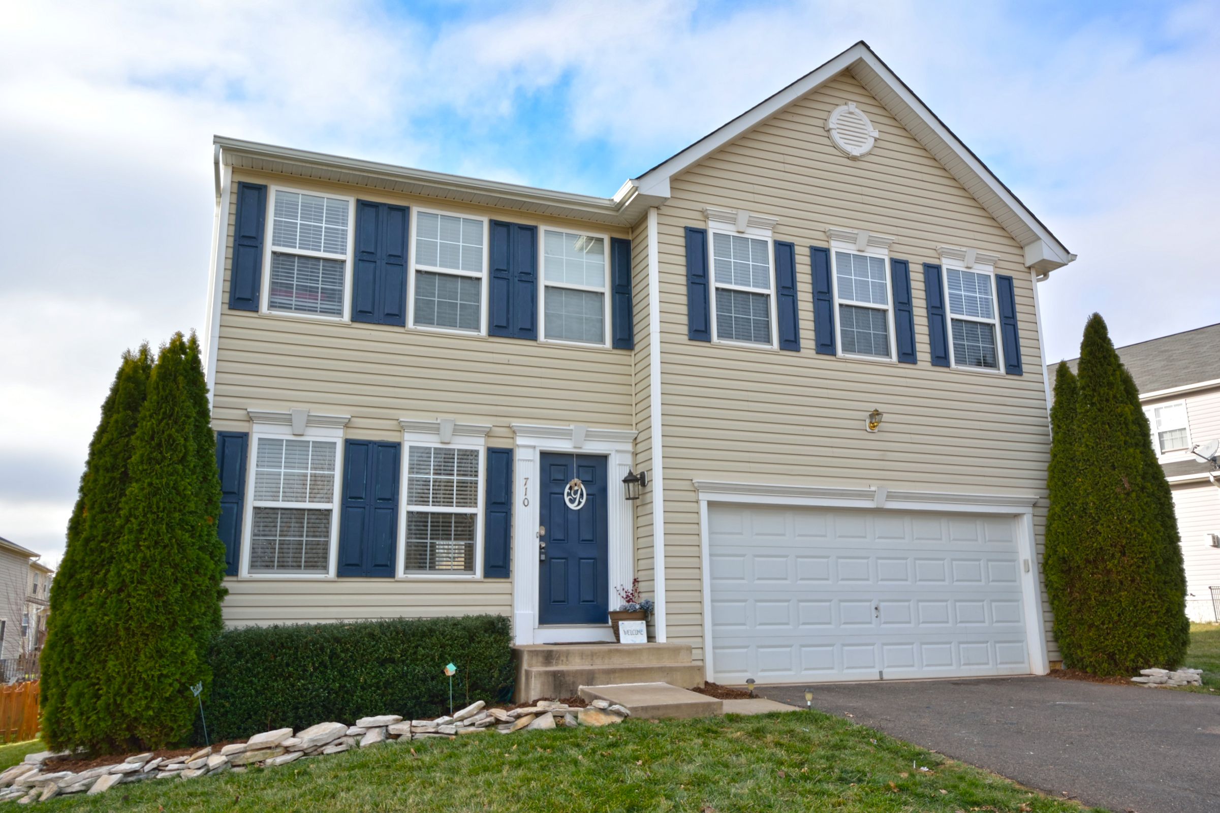 Just Listed! Well-Appointed 4 Bed, 3 Level Culpeper Colonial ~ $260,000