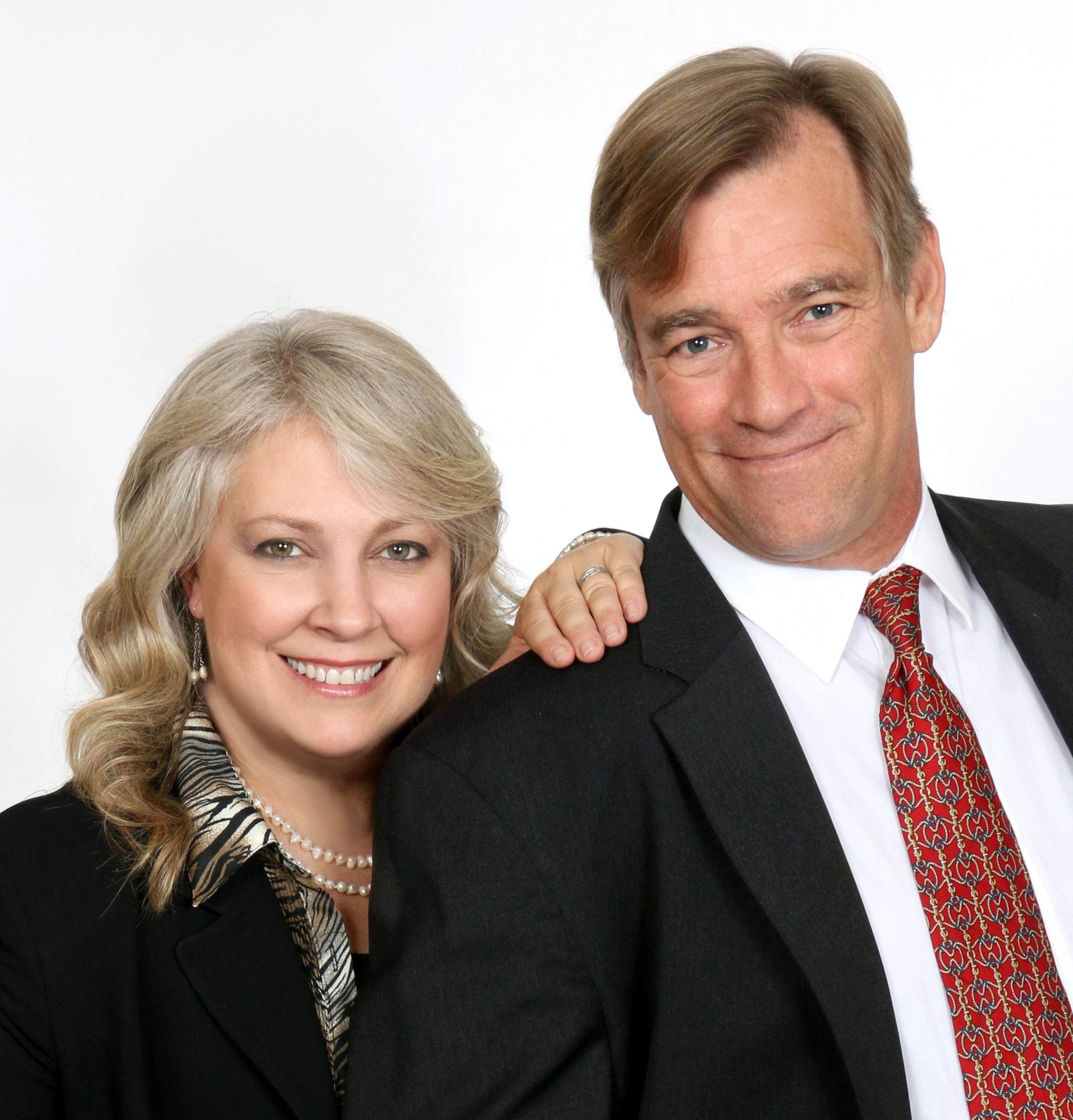 EXIT Heritage Realty Welcomes New Agents Debbie & Chris Cloud