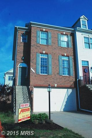 Price Just Improved! NICE, End Unit Townhouse in Piedmont South ~ $319,900