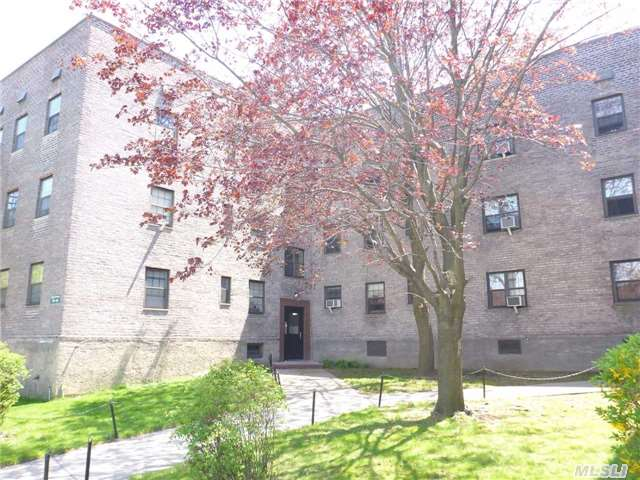 SOLD:  144-22 78th Ave, #3M Kew Garden Hills