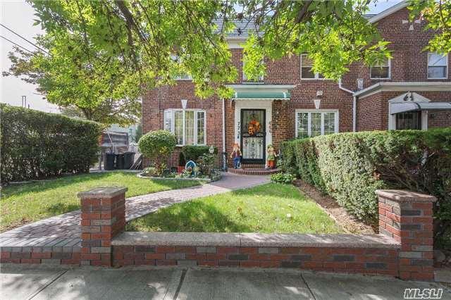 Sold: 77-34 83rd St, Glendale, NY 11385