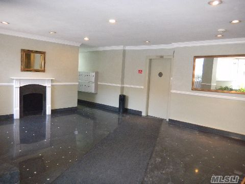 Elegant 1 Bedroom Co-op For Sale in Rego Park
