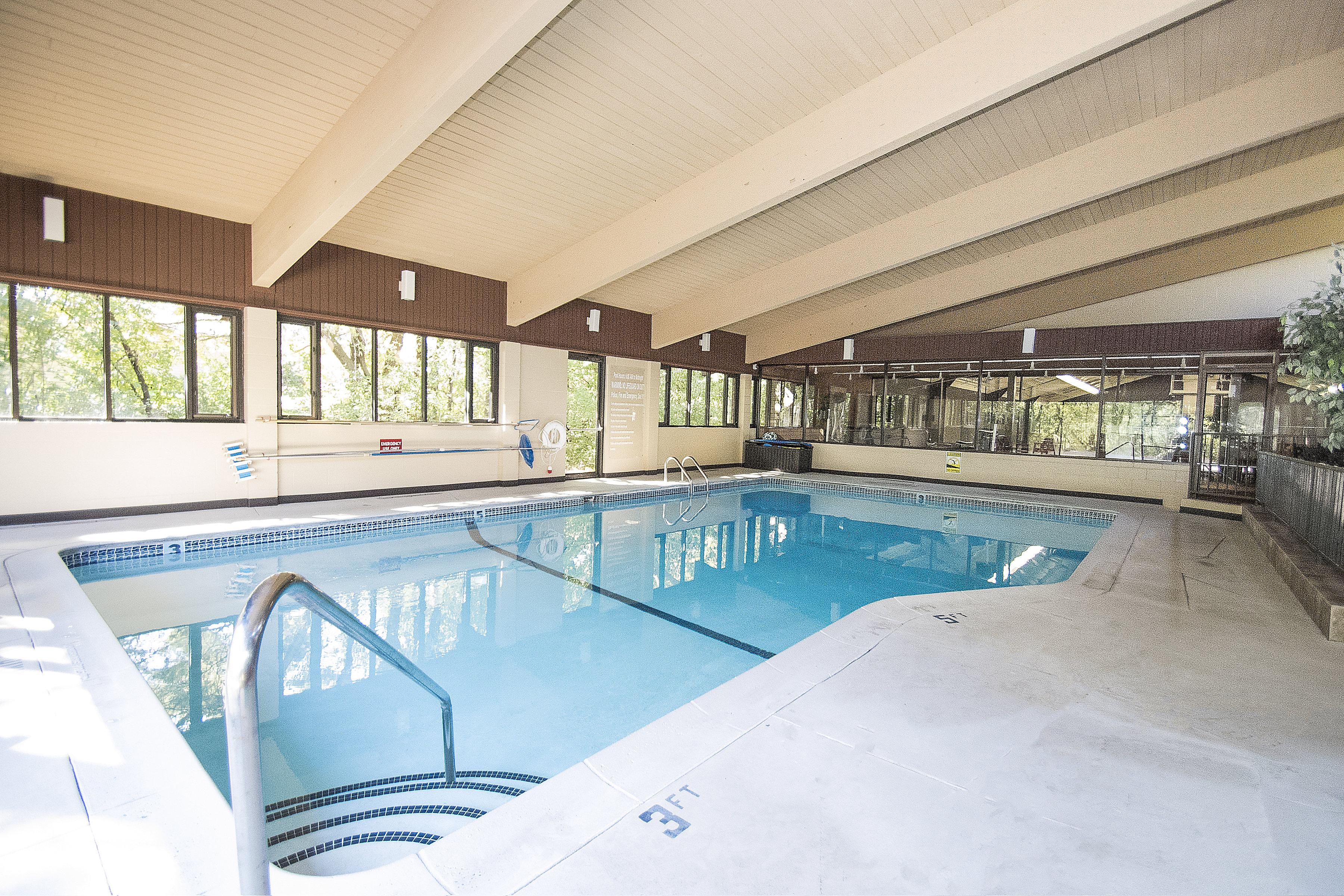 Edina West Indoor Swimming Pool