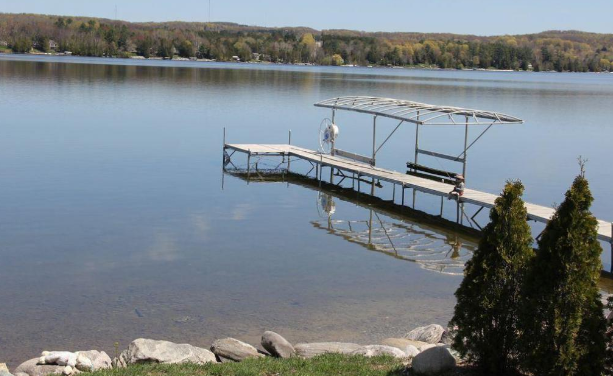 The Lake Life: Water Front Home On Lake Charlevoix