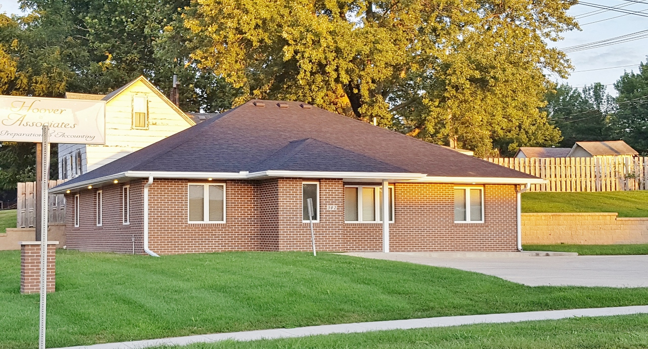 Commercial Office Building For Sale In Indianola