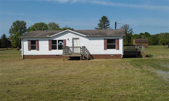 121 Cedar Springs Dr Shelbyville TN