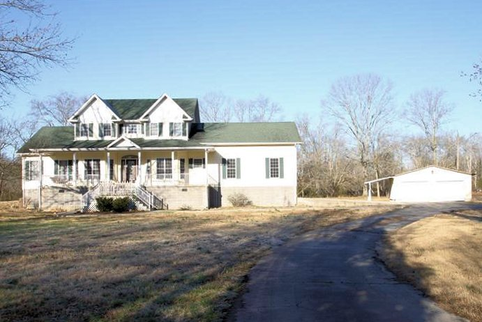 5451 Rock Creek Road Tullahoma TN Home for Sale on 8.3 Acres