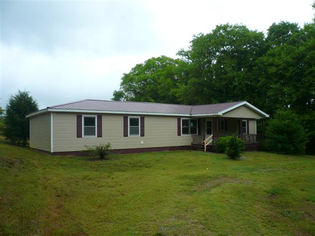 618 Oscar Crowell Road Beechgrove TN HUD Home for Sale