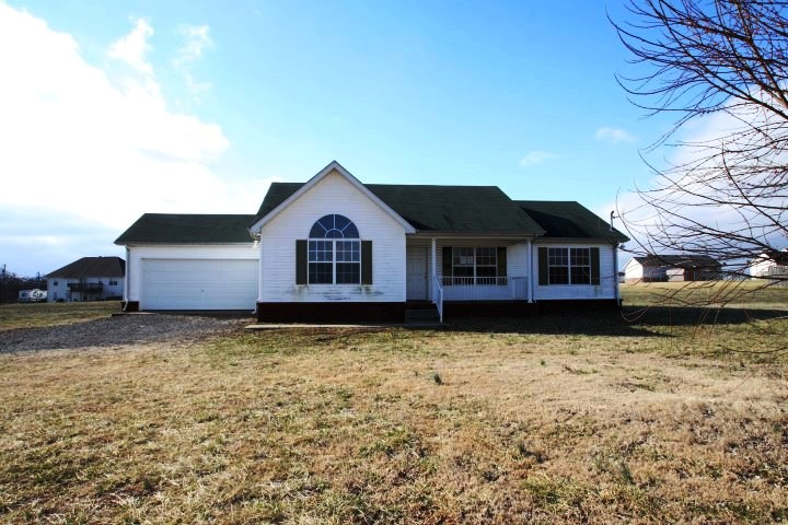 4941 Midland Foster Road Bell Buckle, TN 37020