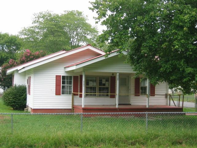 1100 S Spring Street Manchester TN 37355 HUD Home for Sale New Price!