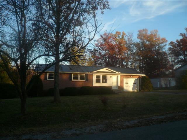 311 Lakeshore Drive Mcminnville TN