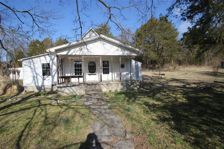 New Lower Price 2237 Locke Creek Rd Readyville, TN 37419