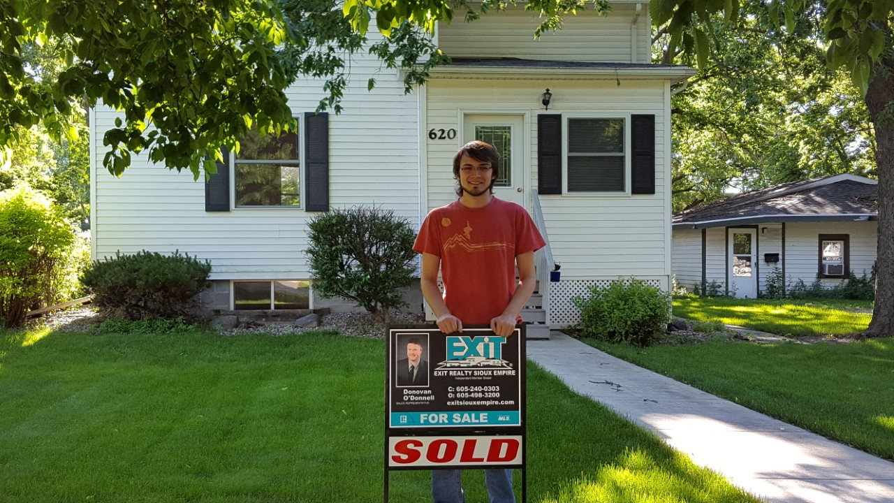 Donovan O'Donnell Broker Associate with First Time Home Buyer