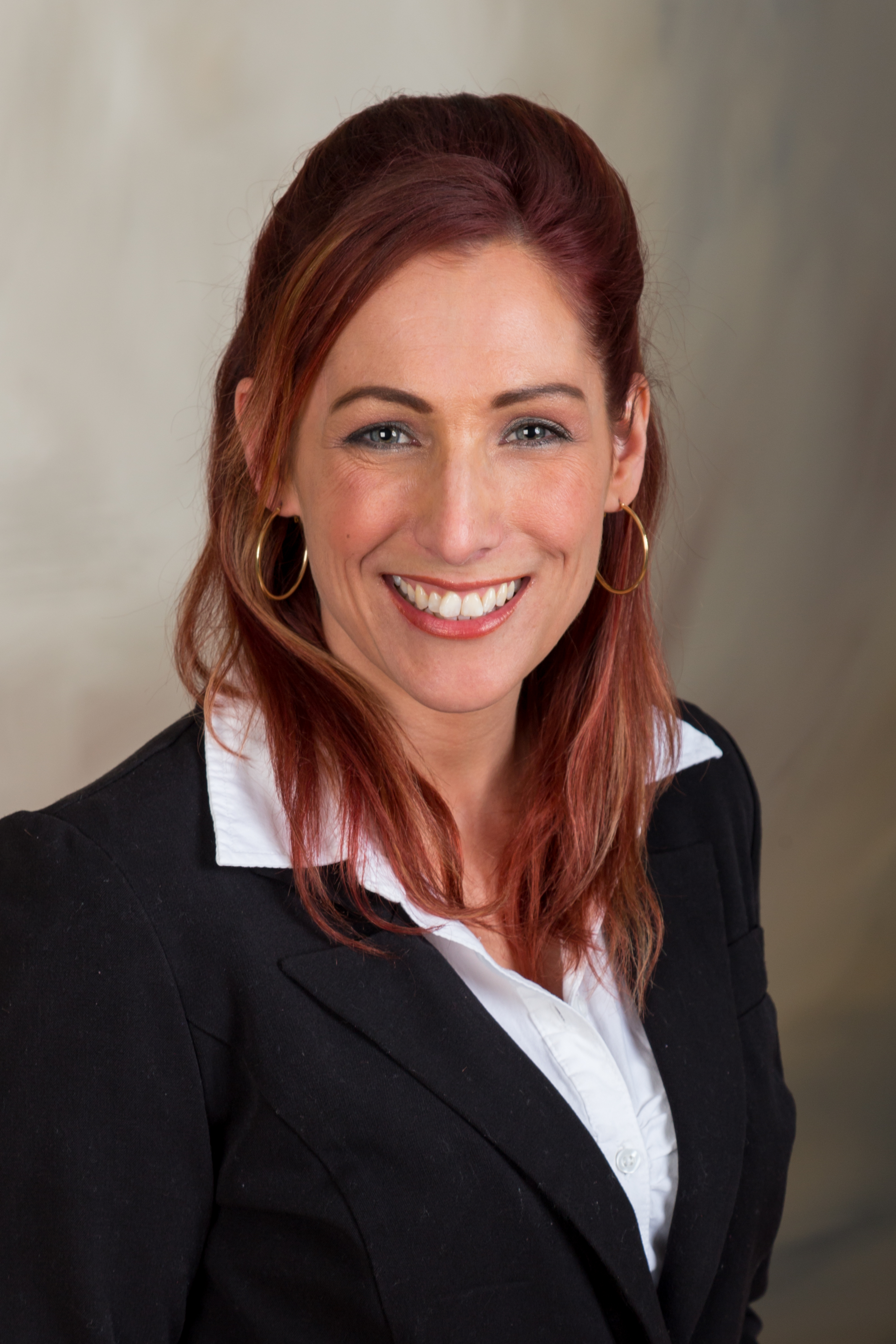 Introducing our newest agent! Stephanie Wallenstein!