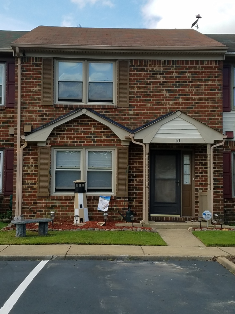 63 Dawn Lane Hampton VA 23666 is For Sale