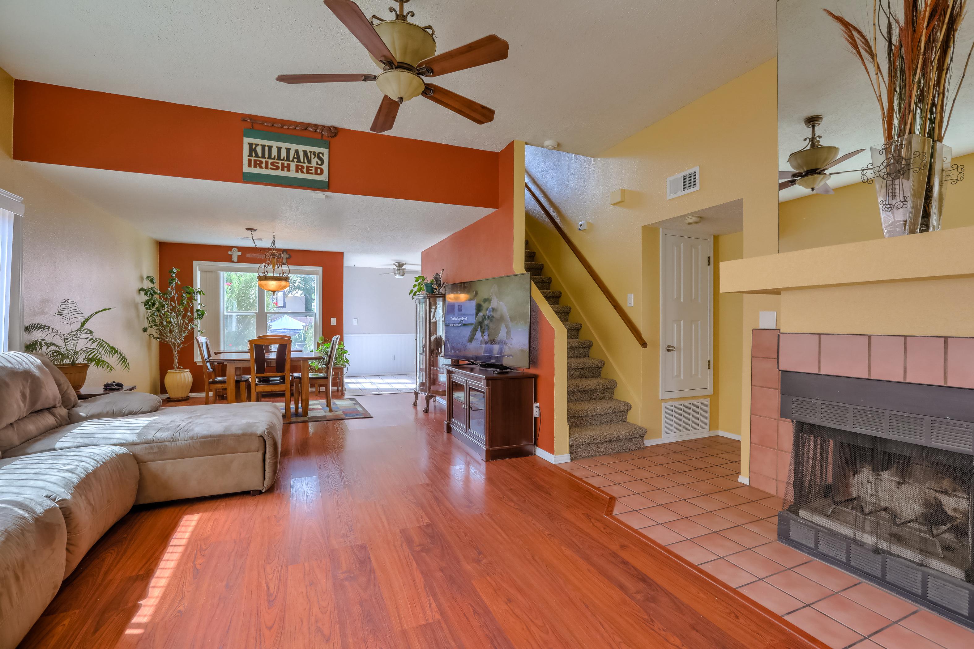 Albuquerque Laurelwood Neighborhood Home For Sale