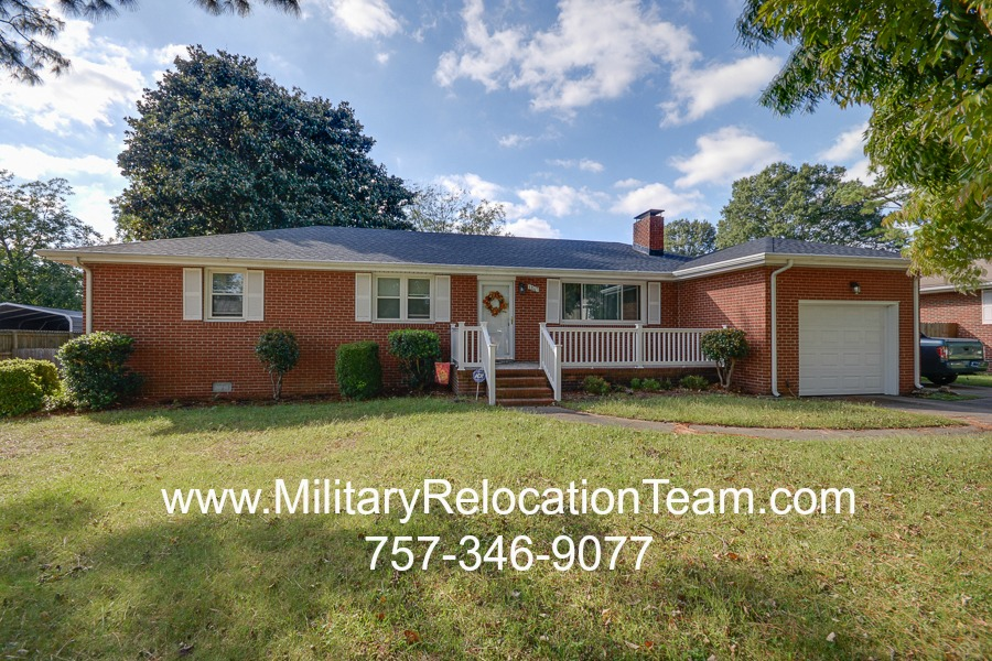 1207 Lilac Avenue Chesapeake VA 23325 FOR RENT by The Hampton Roads Military Relocation Team