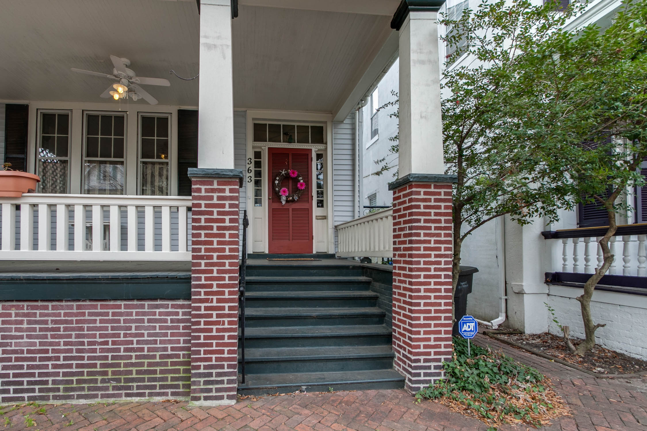 363 Middle Street Portsmouth VA 23704 listed by Isabel Ruiz of the Hampton Roads Military Relocation Team is CURRENTLY UNDER CONTRACT!