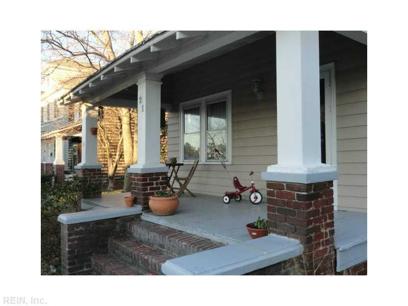21 Linden Ave Portsmouth VA Front Porch